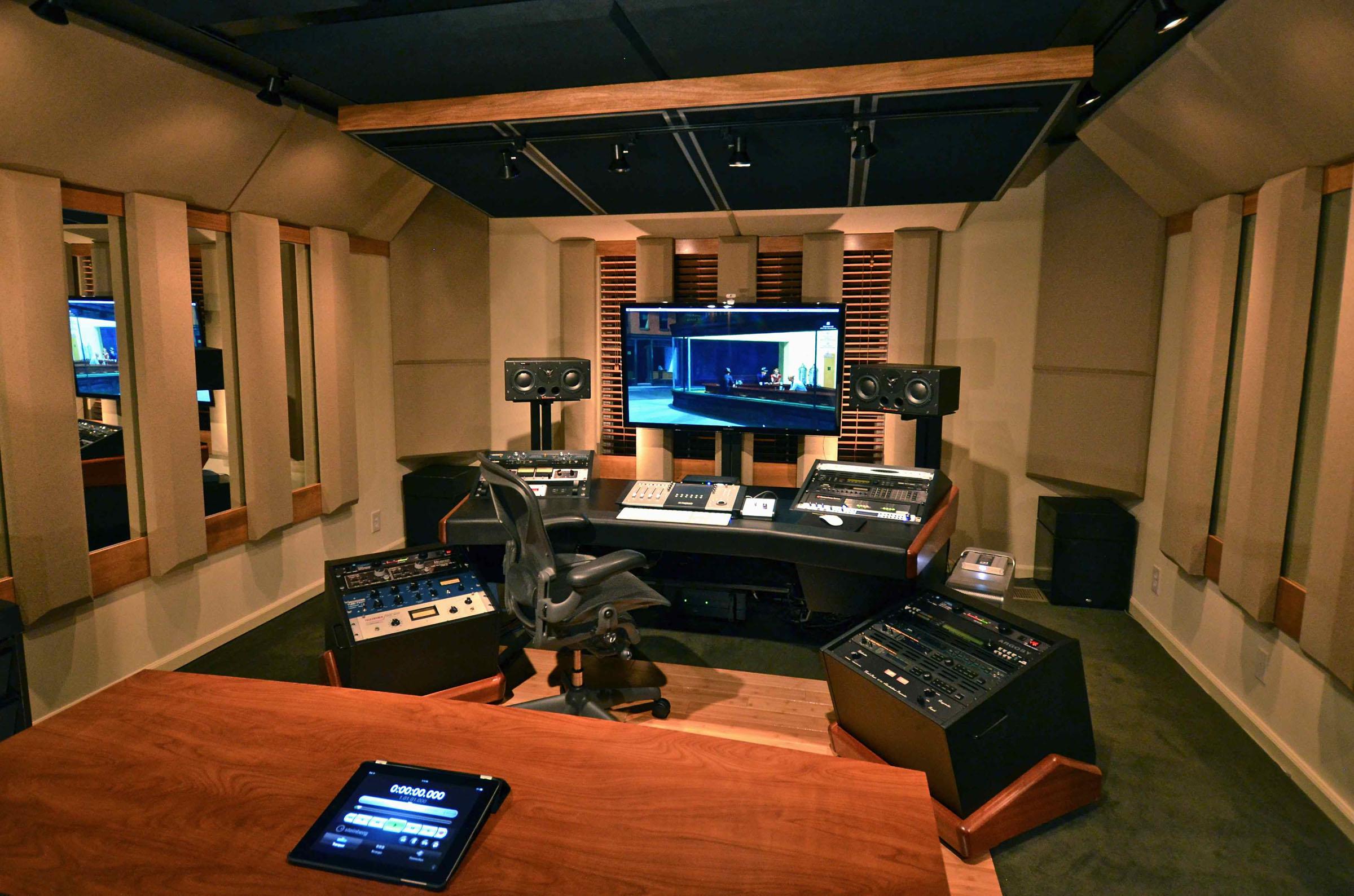 Carl tatz design for The family room recording studio