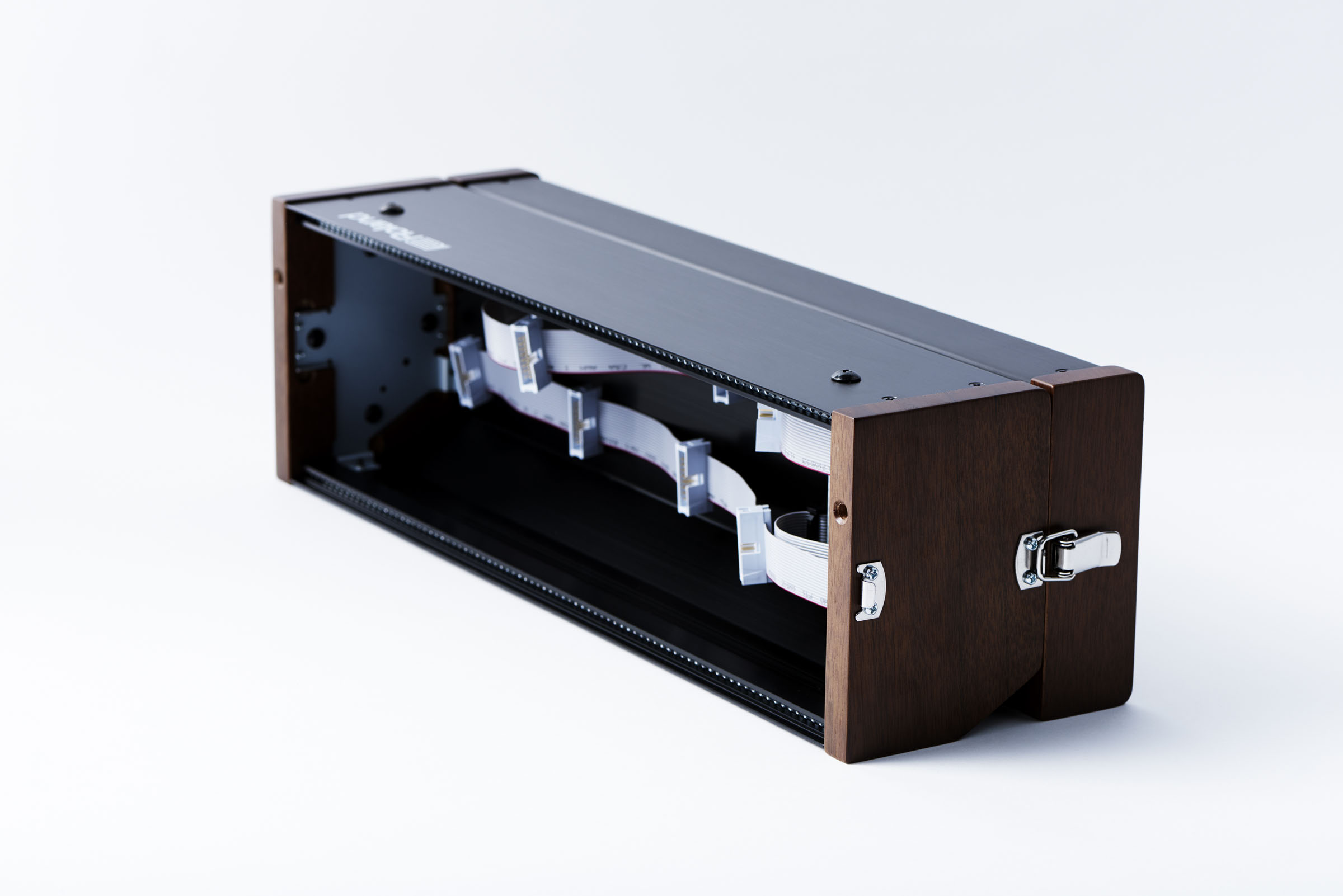 korg minilogue leaked page 2 doa drum bass forum. Black Bedroom Furniture Sets. Home Design Ideas